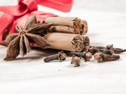 Benefits of Eating Cloves & Cinnamon